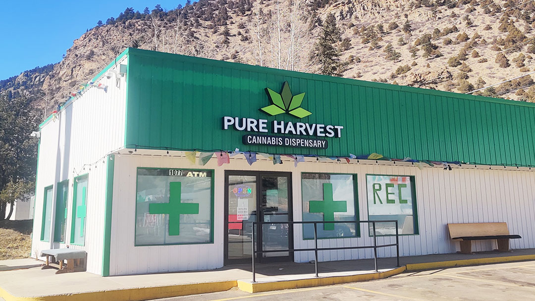 Pure-Harvest-Dispensary-Sign-Dumont-Colorado-Cannabis